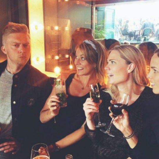 Bild på Lotta tillsammans med tre andra